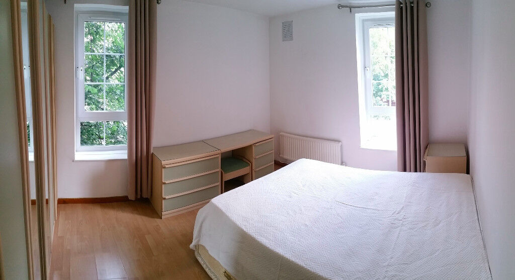 9 min walk to Borough/London Bridge/ Elephant & Castle!!! All bills included! double room