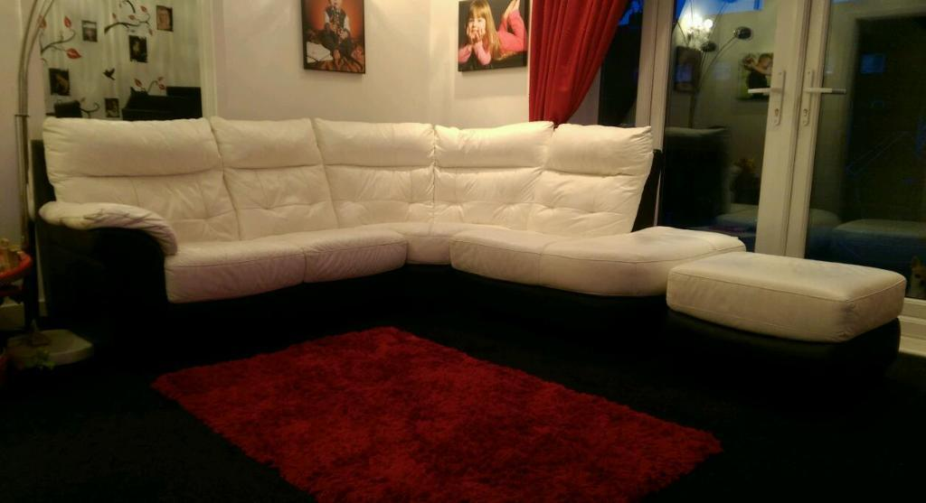 White And Black Leather Dfs Corner Sofa