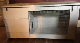 Brand new bespoke rabbit/guinea pig hutch