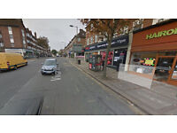 Lovely one bed flat on first floor available in Hendon. Housing Benefit and DSS accepted.