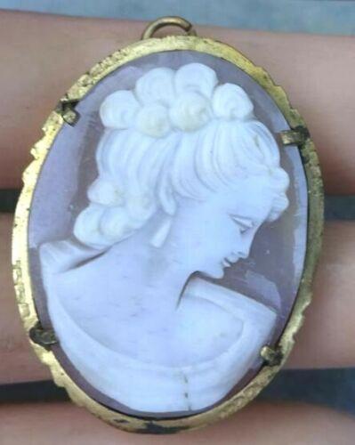 Vintage Art Nouveau Deco Era Carved Shell Elegant Lady Cameo Brooch / Pendant