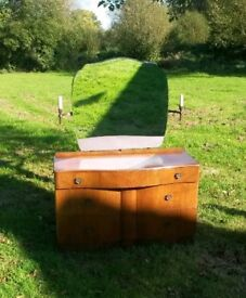 Tru-style bow fronted walnut dressing table with candlestick lights and mirror stunning