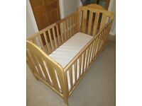 Mammas and Pappas Cot Bed