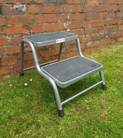 Solid Metal & Rubber Caravan Double Step in Great Condition