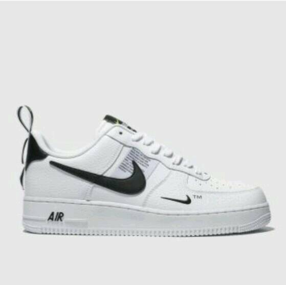 0f708d007ed Nike air force 1 07 LV8 utility size 8 new in box cost 90
