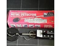 Micronta metal detector - boxed