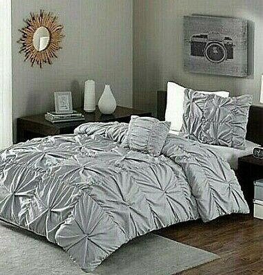 BETTER HOMES AND GARDENS 4 PIECE COMFORTER COVER SET FULL/QUEEN GRAY TWISTS