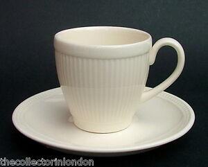 Wedgwood Creamware Discontinued Windsor Pattern Coffee Cups & Saucers Unused