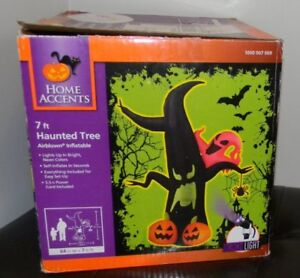 Halloween Inflatable Tree with Spot Light - Brand New