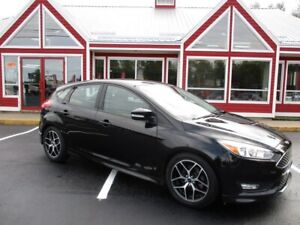 2015 Ford Focus SE HEATED SEATS BACK UP CAMERA!! BLUETOOTH VOICE