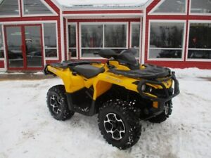 2014 Can-Am OUTLANDER XT 800R THIS UNIT IS IN MILES!! HAND GUARD