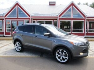 2013 Ford Escape Titanium 4WD!! SUNROOF HEATED LEATHER BACK UP C