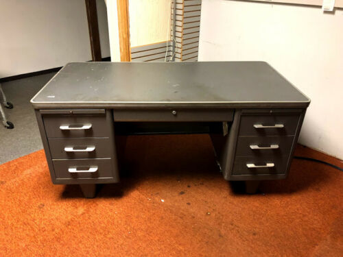 VINTAGE METAL STEEL OFFICE WORK FILING CABINET STORAGE TANKER DESK WRITING TABLE