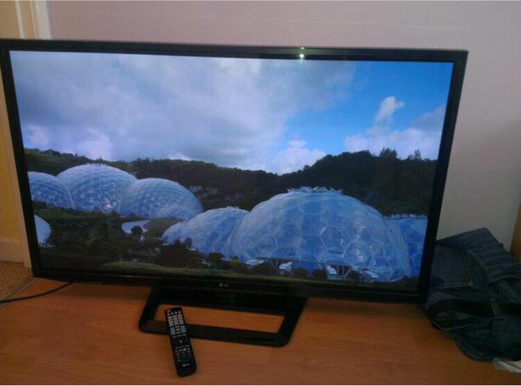 "LG 50"" plasma full HD"