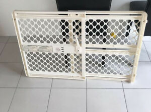 Lyckhem white table, baby gates