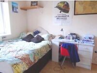 Large 2 bedroom property to rent in Brick Lane