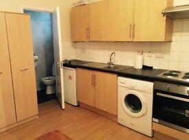1 Bedroom Studio Flat in London SE18