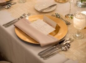 Gold Charger Plates To Hire. Weddings Tables / Party