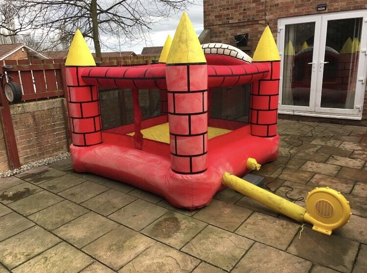 Great quality childrens bouncy castlein Darlington, County DurhamGumtree - Childrens bouncey castleLarge sized we easily fit our 3 children on this.Has Velcro openings at 2 sidesThis is good quality material not the cheap ones from Argos/Asda etc.Has a great quality blowerHas been stored since summer gone so will need a...