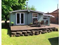 3 BEDROOM LODGE 40x20 LOG CABIN, MOBILE HOME, STATIC CARAVAN, ANNEX, WOOD BURNER, PORCH, Off site!!