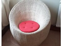 Oval shaped modern design white Rattan Chair for sale ��35 ono