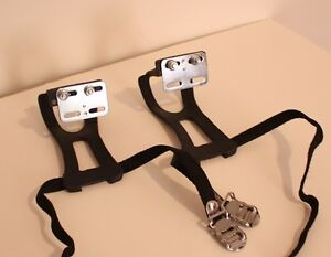 Bicycle Toe Cage (clip)+Strap / Cale-pieds+Courroies (NEUF NEW)