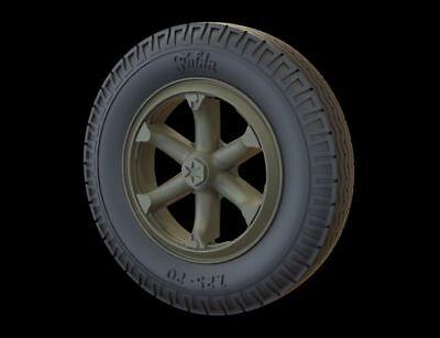 Commercial Tire (Panzer Art 35206 Road Wheels for Henschel 33 (Commercial Tire)  1:35)