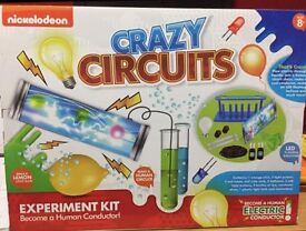 Crazy Circuits Science Activity Set 8+