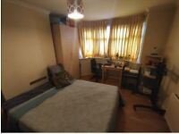 (NO DEPOSIT) LARGE DOUBLE ROOM IN EDGWARE