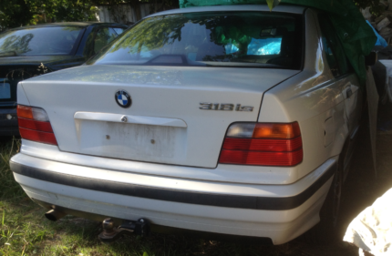 BMW E36 4/1998 318iS w/M44 Sedan (4-door)