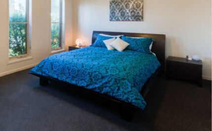 Solid hardwood queen bedroom suite Frankston Frankston Area Preview