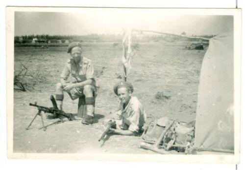 British soldiers with Bren gun, possibly North Africa, WW2, Original Photo