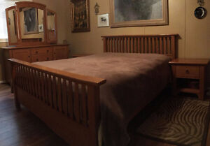 Oak Bedroom Suite Queen Size