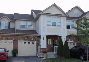 "Bright & Open 3 Bed Mattamy ""Croftside"" Townhouse In Milton"