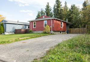 Updated Home 1n Excellent Neighbourhood Prince George British Columbia image 2