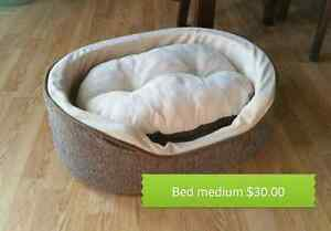 Med size pet bed