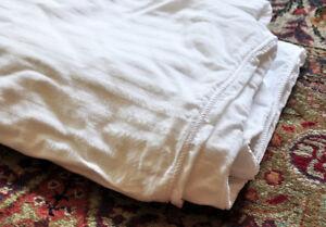 "WHITE ON WHITE DUVET COVER 72"" X 80"" EXCELLENT CLEAN"