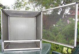 CHAMELEON VIVARIUM CAGE ideal for outdoors!