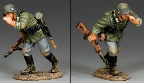 KING & COUNTRY WW2 GERMAN ARMY WH039 RUNNING & SHOUTING MIB