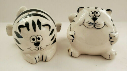 Pier 1 Ceramic Black & White Fat Cats Salt & Pepper Shakers