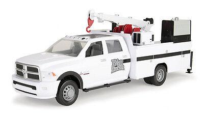 1 16Th Ertl Big Farm Ram 3500 Service Truck 46488