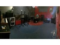 Permanent Band/Music Rehearsal Space in Manor house/Finsbury Park