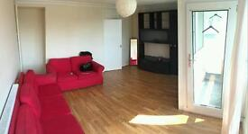 LARGE DOUBLE ROOMS TO RENT WITH LIVING ROOM/ZONE 2/FROM £170