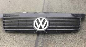 VW T5 front grille with VW badge