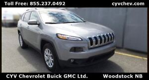 2015 Jeep Cherokee North 4x4 - Low KMS