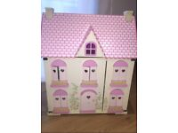 Early Learning Cente ELC Rosebud Cottage Dolls House & Stables