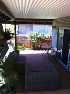 Room for Rent in 4x3 Family Home in Broome North