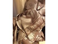 Lovely Louis Vuitton Scarf