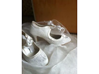 Beautiful wedding / bridal ivory shoes high heel size 4, new ones, never used