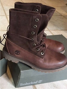 Ladies Timberland suede roll top boots - size 7 - Brand new!!!